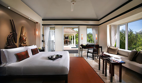 Hillside Pool Villa Bedroom отеля Banyan Tree Resort & Spa 5*  (Банян Три Резорт Энд Спа)